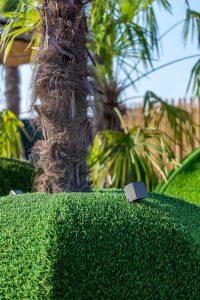 Sfera in erba sintetica